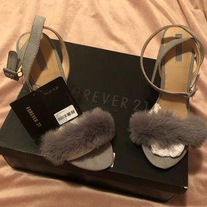 Brand NEW Forever 21 Gray Heels